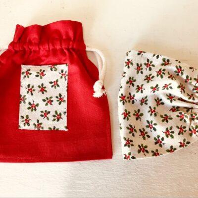 Holly mask and bag set